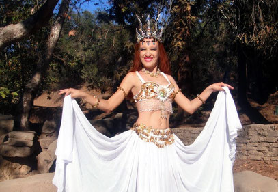 Ameynra belly dance fashion by Sofia Metal queen. Double circle skirt