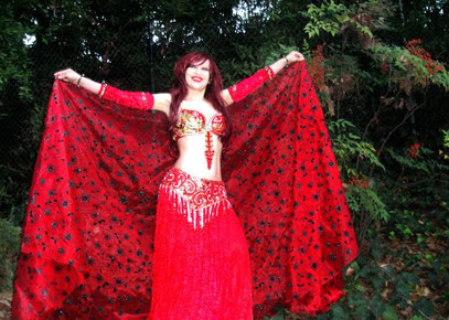 Belly dance star model Sofia Metal Queen