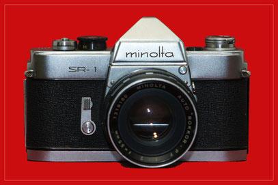 die erste Version der SR-1 (Modell A) aus dem Jahr 1959 mit dem Kit-Objektiv 1:2 55mm