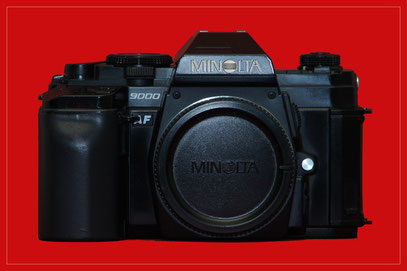 MINOLTA 9000 AF
