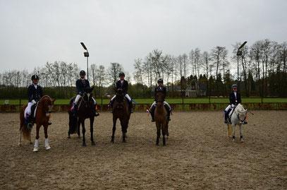 Esmee, Rosalie, Cristine, Guusje, Anne-Roos