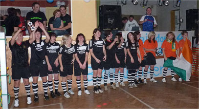 Ferngesteuerter Frauenfußball 2010