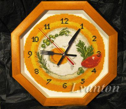 РТО М40009. Часы ЗАВТРАК, мулине, крест. бэкстич, диаметр 28 см