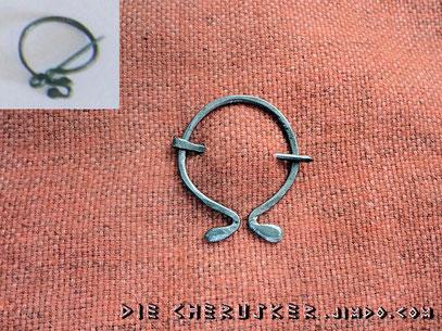 Ringfibel nach einem leicht deformierten, regionalen Original des 3. Jhd. aus Salzgitter