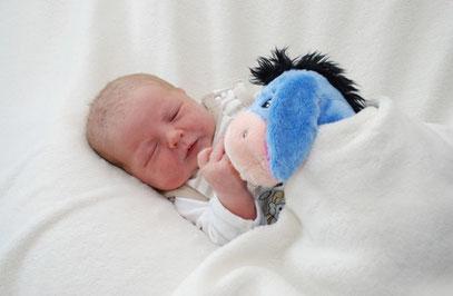 Olivia, geboren am 22.05.12 um 9.10 Uhr