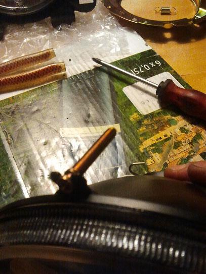 Klarglasschraube direkt an Klarglas stecken