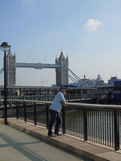 Steffen Riek - Bussi in London (Tower-Bridge)
