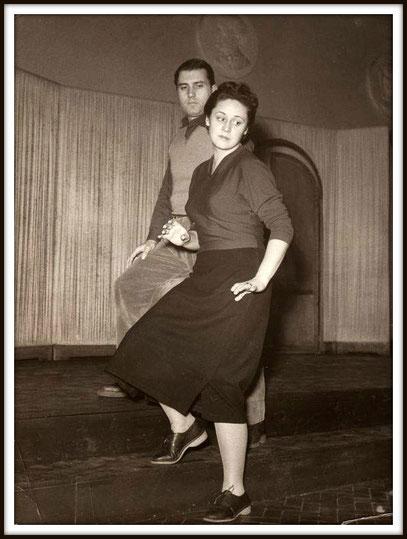 LA DAMA DI PICCHE di Piotr Ilijc Ciaikovskij - Yeletzky - Con Sena Jurinac  - Firenze Teatro Comunale 1952  (Prove)