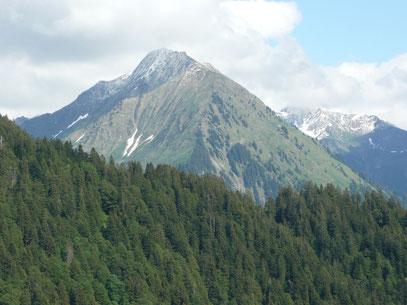 Üntschenspitze von Berbigen Vorsäß gesehen