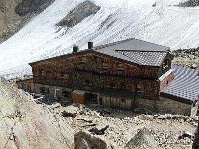 Similaun  Hütte am Niederjoch mit Neuem Anbau 2011