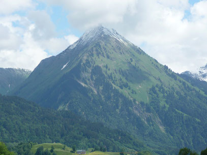 Üntschenspitze von Au aus gesehen