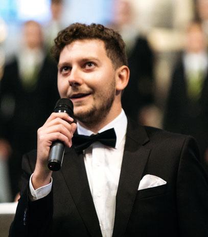 Der Komponist Joël von Moos bei der Uraufführung der Kantate Dorothea von Joël von Moos