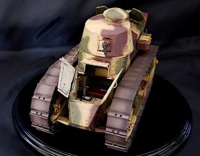 Char Renault FT-17 1/16 Takom