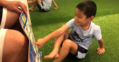 英語の時間 | 大阪で一番楽しい子供英会話と体操教室 | 天満橋(南森町)、新大阪、古川橋(門真)の幼児、子供の英語教室とフィットネスジム