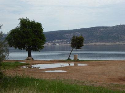 """Starigrad am Strand in der Nähe vom """"Hotel Alan"""""""