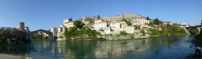 """Mostar mit der neuen Brücke """"Stari most"""""""