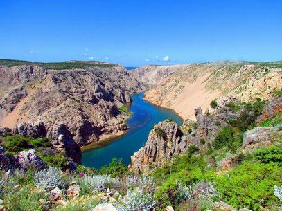 Der wunderbare Zrmanja Canyon mit seinen gewaltigen Farben (alle Fotos auf diesen Seite von Kurt) by © Kurt Hammer