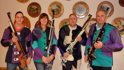Zweite Mannschaft: Nicolas Heinle, Gerda Böck, Bernd Gerstner, Dieter Mack