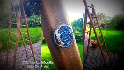 Echelle double bois naturel (130 €)  ou  117 Bzk