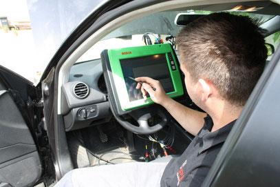 Moderne Fahrzeugdiagnose: Ihre preiswerte Autowerkstatt: PP-KFZ