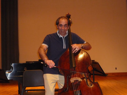 Maestro Sciascia playing one of the most famous DB in the World: KARR/Koussevitzky