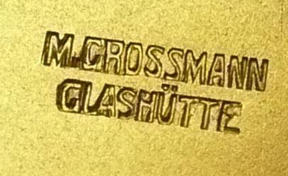 Spätere, z.B. bei Werknummern im Bereich 4000 verwendete, zweizeilige, zifferblattseitige Punzierung der Grundplatine (Größe 3 x 8mm)