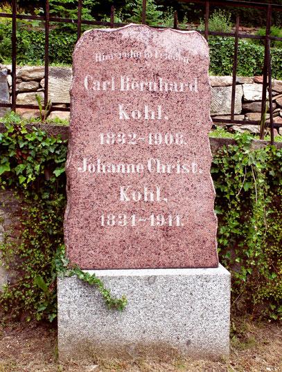 Die Grabstätte auf dem Glashütter Friedhof
