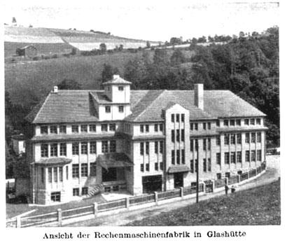 """Gebäuderückseite Rechenmaschinenfabrik """"Archimede""""ss in den 1930er Jahren"""