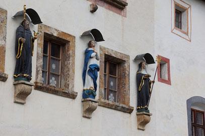 Benediktinerinnen-Kloster - Fassadendetail