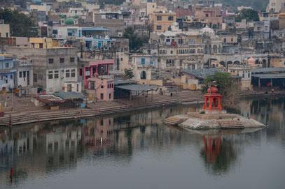 Der Pushkar-See mit den Ghat