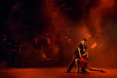 Buenos Aires    ...    Tango
