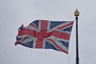 Der Union Jack ... die Flagge verbindet die vier Flaggen der Teilstaaten.