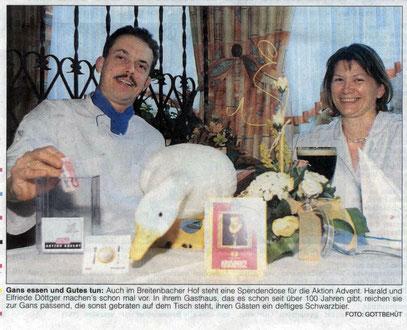 Harald und Elfriede Döttger spenden für die Aktion Advent der HNA