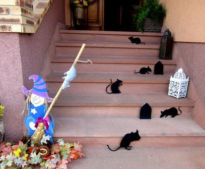 Rats d Halloween sur escalier