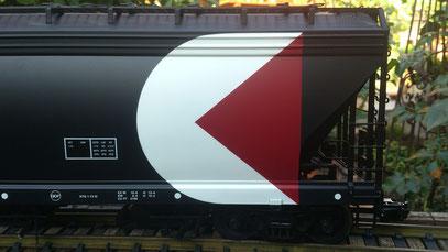 USA Trains CP Rail 4 Bay Center Flow Hopper scharfe Beschriftung