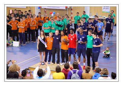 Miss Manche et l'équipe type de la Coupe de France Espoirs de Volley