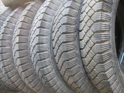 nouveau pneus 18 4x30 900x16 1400x20 ludopneus61 pneus military. Black Bedroom Furniture Sets. Home Design Ideas