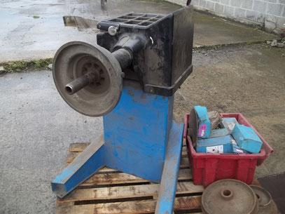 demonte pneu poids lourd machine a pneus ludopneus61 pneus military genie civil jeep. Black Bedroom Furniture Sets. Home Design Ideas