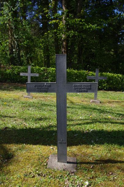 Das Grab von Alfred Scharf 2014