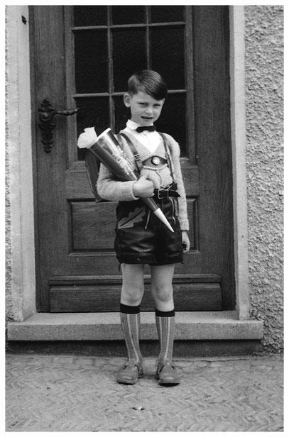 Ein paar Tage nach meiner Einschulung 1960 entstand dieses Foto.