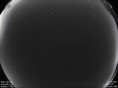 All-Sky-Kamera über der Sternwarte (Norden unten)