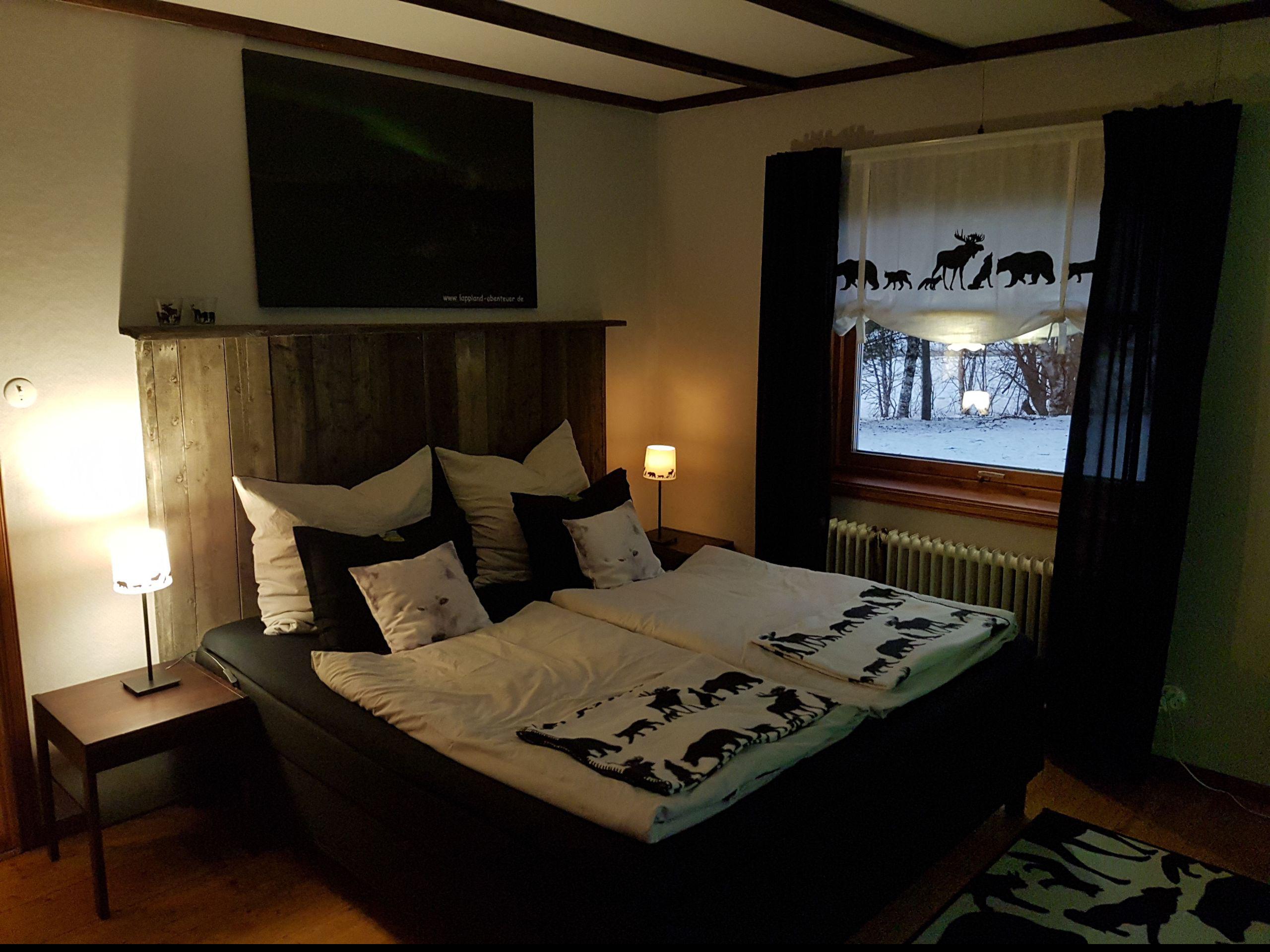 """Polarlichtzimmer mit neuem Boxspringbett - einfach """"traumhaft""""..."""