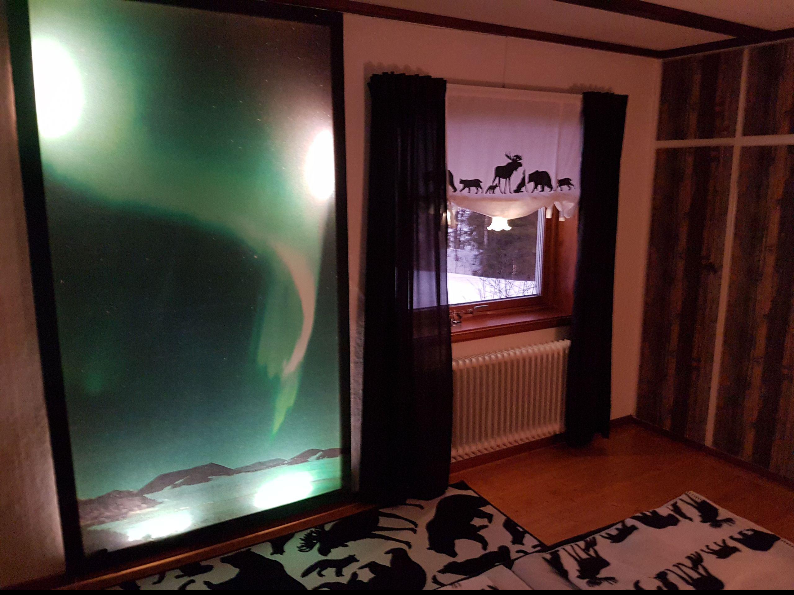 Hier kannst Du auf Wunsch JEDE Nacht das Polarlicht sehen ;o)