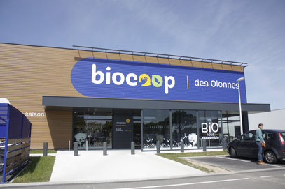Façade du Biocoop des Olonnes © Camera Natura