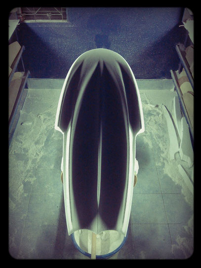 #139 finless surfboard shape