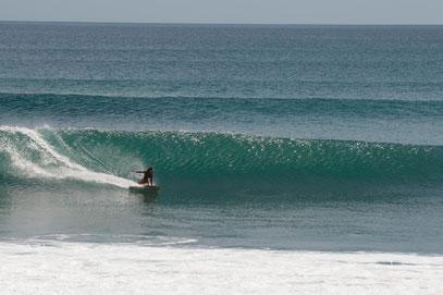 Mini simmons surfing Santy