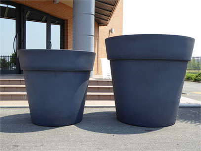 Pot design, pots design, pots d'extérieurs, pot d'extérieur, pots extérieurs, pot extérieur, pots d'exterieurs, pot d'exterieur, pots d exterieurs, pot d exterieur, pots design ronds XXL, pot rond XXL, pots ronds XXL, pots contemporains, pots contemporain