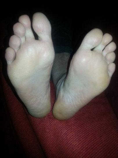Lick Mens Feet 76