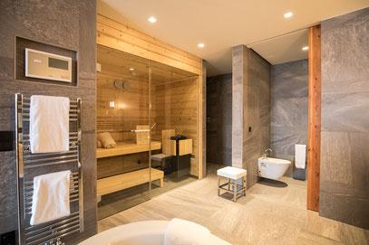 Nidum Hotel: Bad mit Sauna