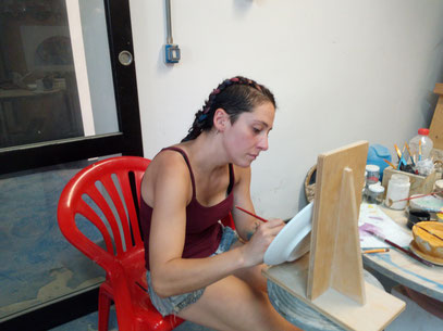 Sally Lattanzi (Cile) agosto 2018 decorazione ceramica #corso di ceramica